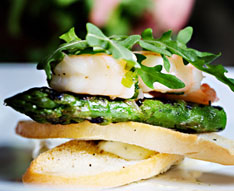 Chargrilled-King-Scallop-on-Bruschetta-with-Lemon-and-Thyme-Baste