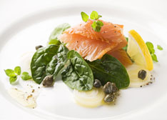 gravadlax_with_capers_and_basil